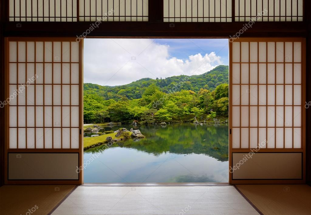 Japanese Sliding Doors And Beautiful Pond Garden U2014 Stock Photo