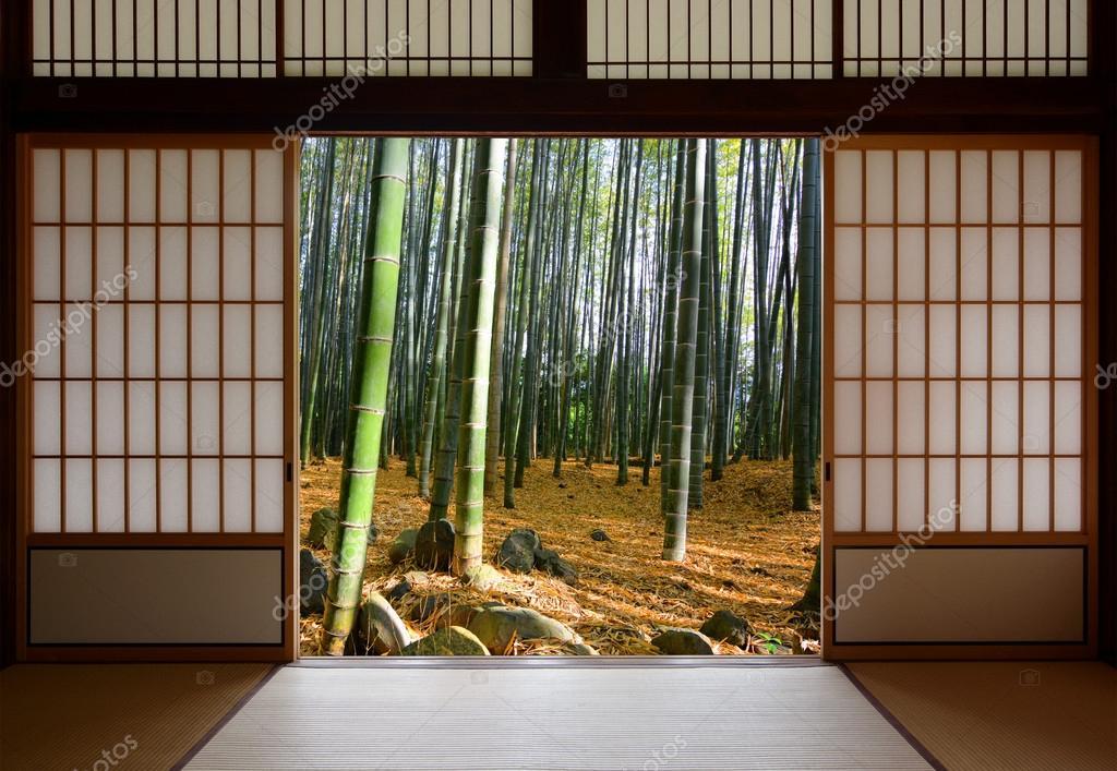 Ouvrez les portes coulissantes japonaises et la for t de for Puertas japonesas deslizantes
