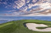 Pohled na golfové hřiště Pebble Beach, Monterey, Kalifornie, USA