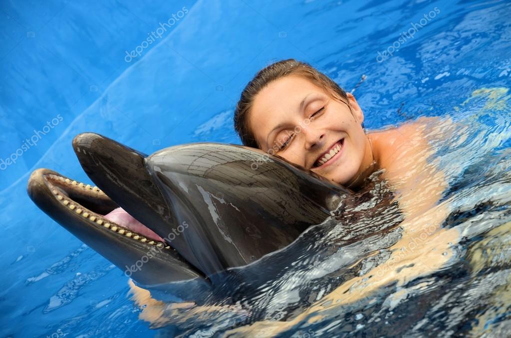 Скачать любовь дельфин.