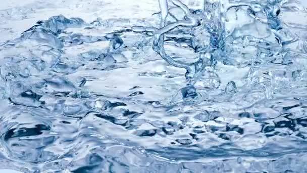 Modré vody Splash. Super pomalý pohyb.