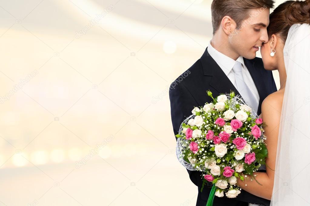 Мой покойный дед сказал,что скучная свадьба и пошел за гормонистом,и привел своего покойного друга и заиграла гормонь….
