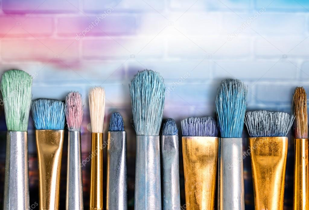 Retro Paint Brushes