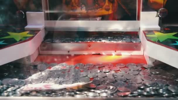 Pouliční herní stroj s mincemi