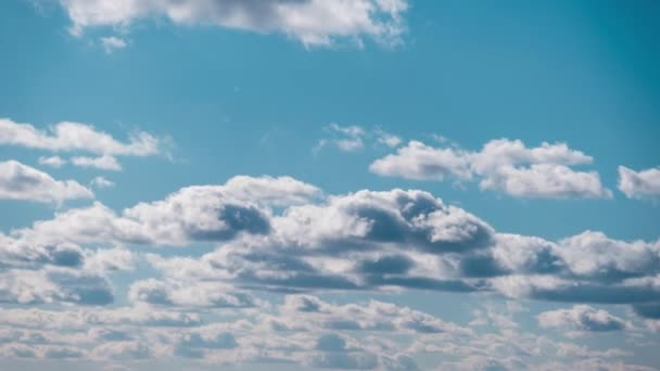 Timelapse of Cumulus Clouds moves in Blue Dramatic Sky, Cirrus Cloud Space