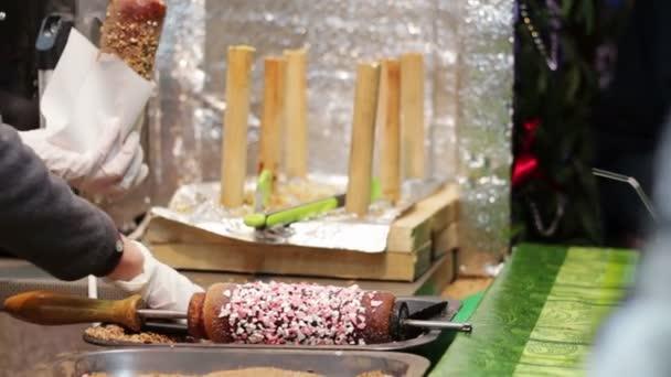 Vánoční východní sladkosti na pult na trhu nový rok
