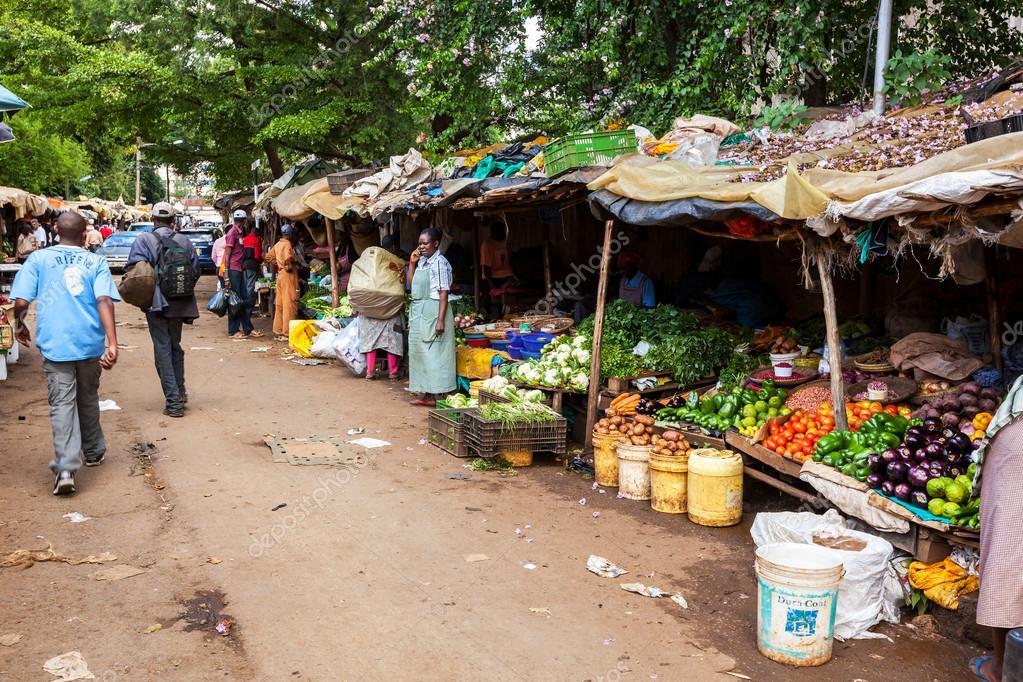 People in Kenya, the black people, the lives of people in Africa