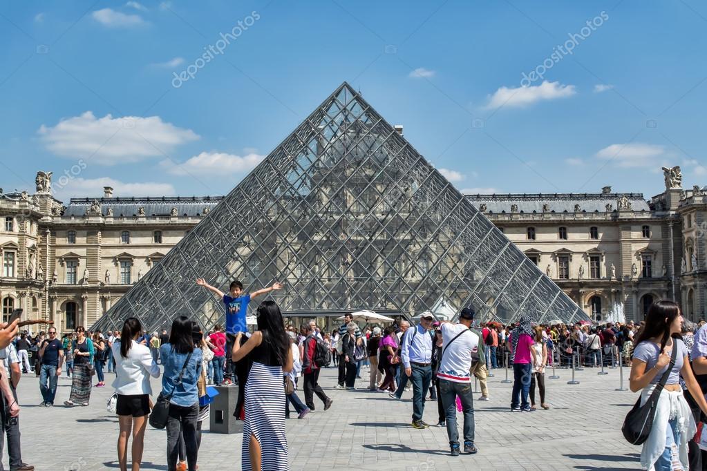 PARIS, FRANCE, MAY 26 , 2015: The Louvre, Art Museum in Paris ...