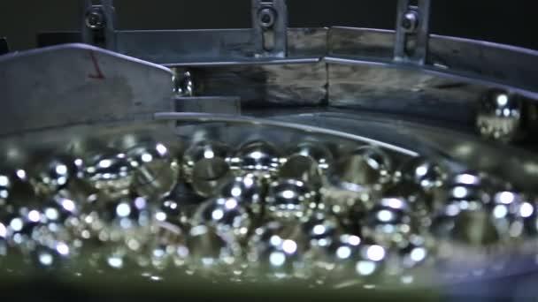TEC stroje v továrně. Podrobnosti o zpracování