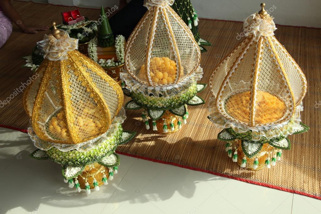 Dekoration Tablett Mit Thai Traditionelle Hochzeitsgeschenke