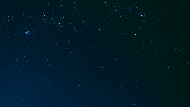 stars moving in night sky, time lapse