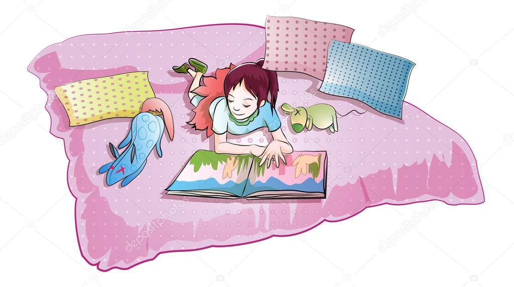 fille de lire le livre d'histoire sur le lit avec poupée ...