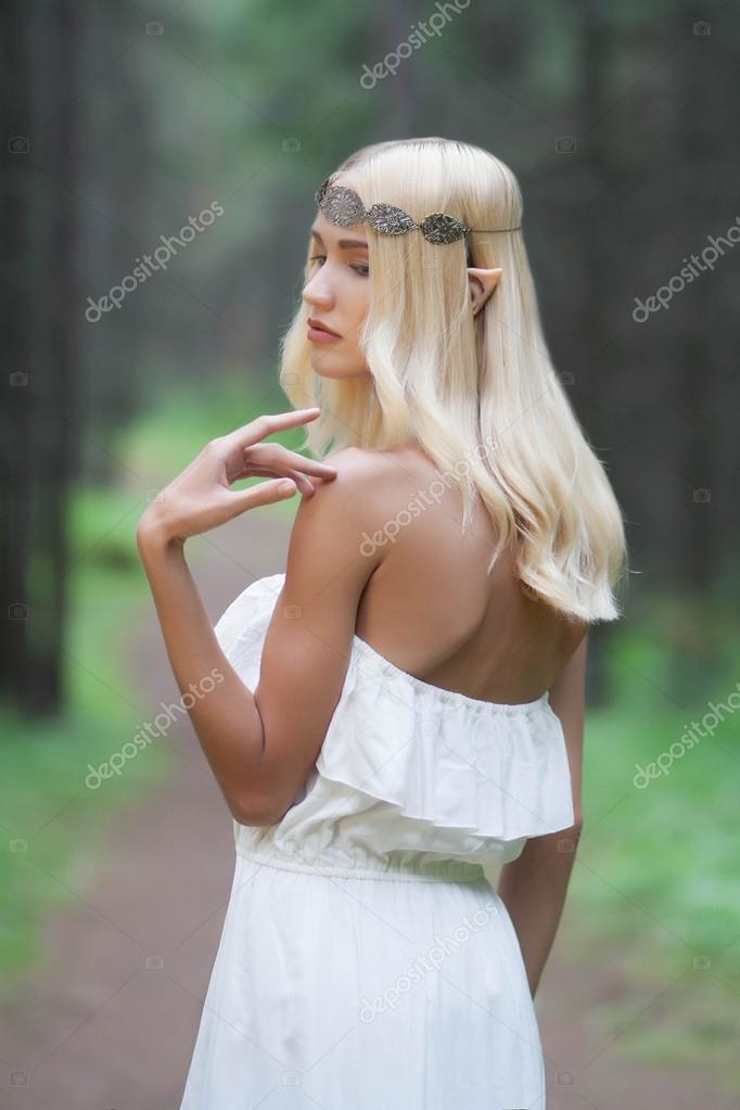 elf.beautiful girl