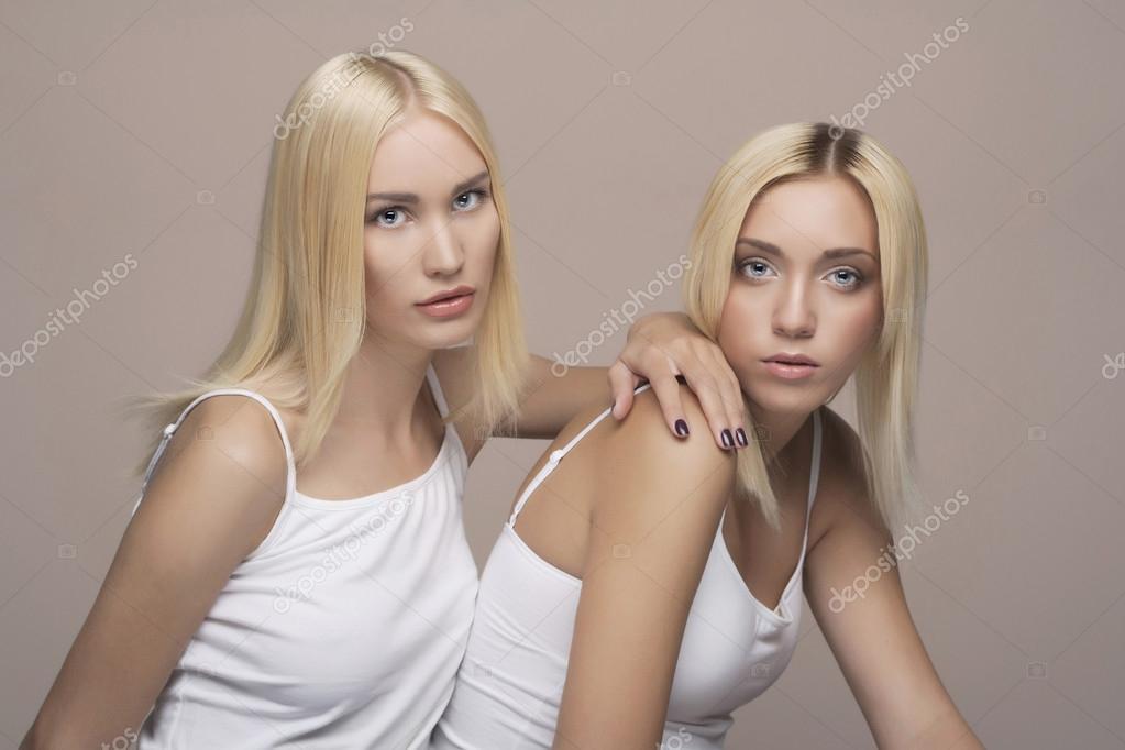 Hot Blonde Lesbians Squirt