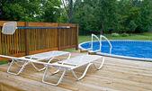 Postranní plocha bazénu