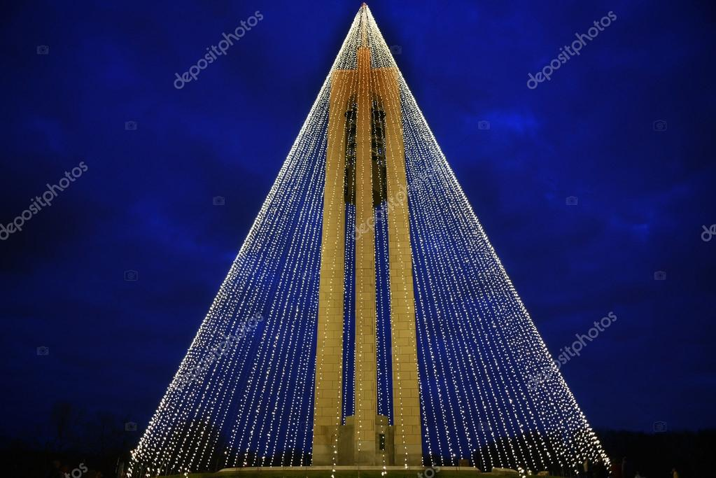 the deeds carillon bell tower decorated with 20000 white christmas lights was built in 1942 in art modern style to commemorate the deeds family in dayton - Christmas Lights In Dayton Ohio