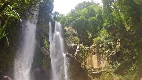Mokfa waterfall2