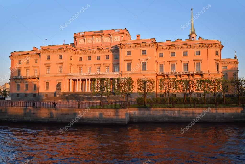 The facade of the Mikhailovsky engineers castle and the river