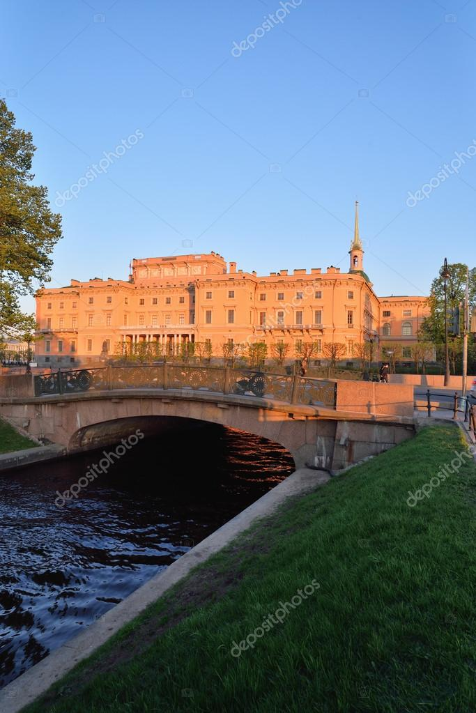 View of the Mikhailovsky engineers castle and the bridge with