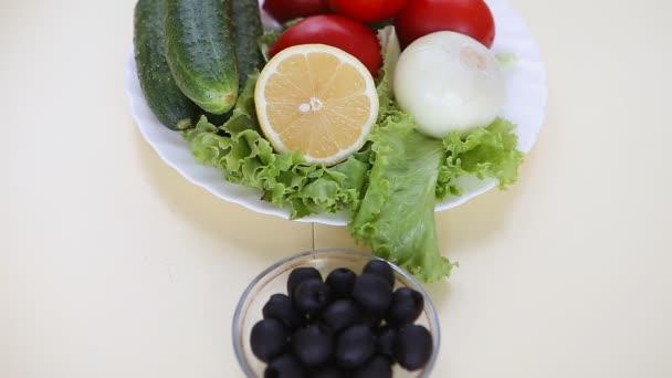 Desky s Řecký salát a ingredience