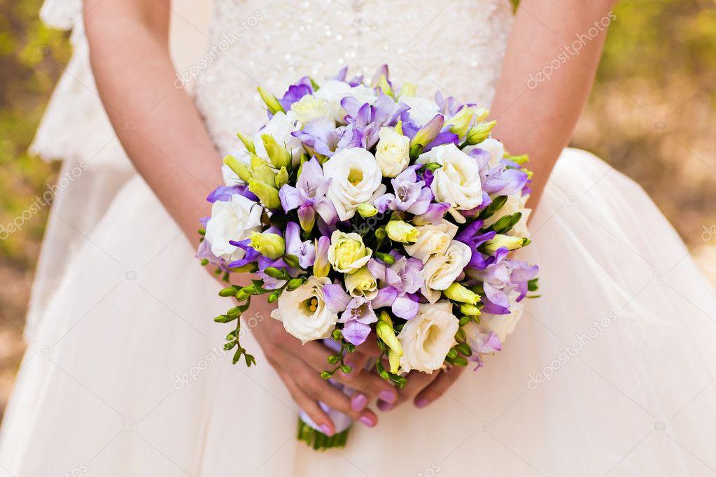 Hochzeitsstrauss Stockfoto C Satura 78132094