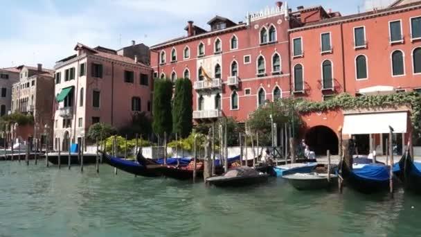 Pohled na město v Itálii
