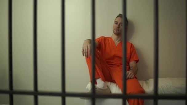 eva cassini night in jail - 608×342