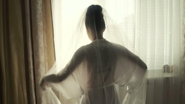 Svatební nevěsta závoj ráno