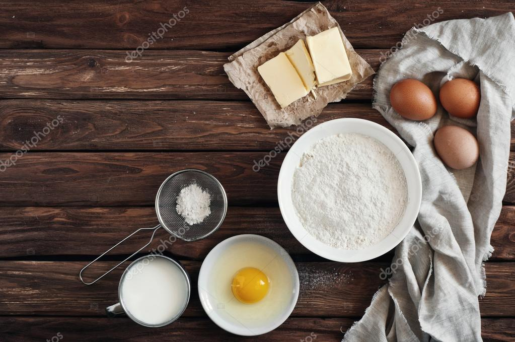 Ingredientes Para Hacer Panqueques O Torta Fotos De Stock