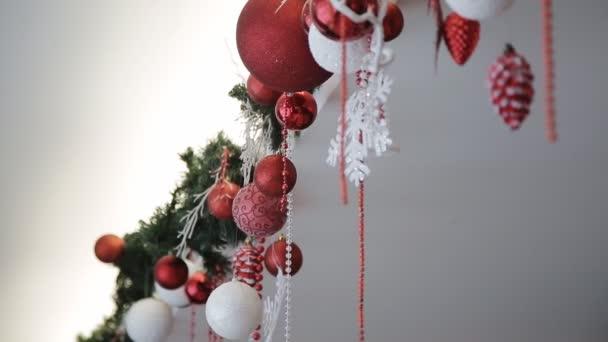 Krásně zdobené obývacího pokoje na Vánoce