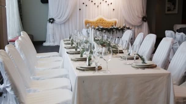Svatební svíčky na stůl rustikální