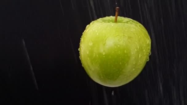 Apple, mozgó alá eső