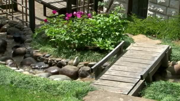 Blick über den japanischen Garten im Arboretum