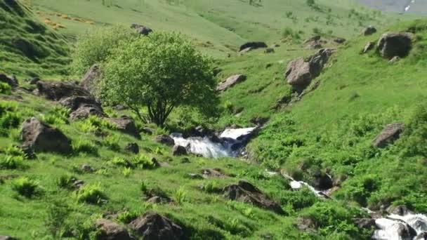 Přírody a krajiny horské soutěsky