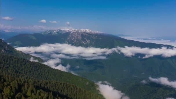 hory s mraky