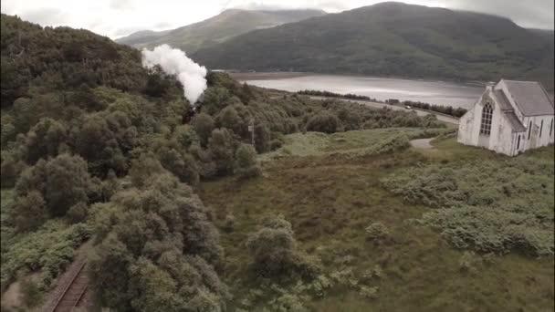 Nádherný Vzdušný záběr Jakobité parní vlak ve Skotsku