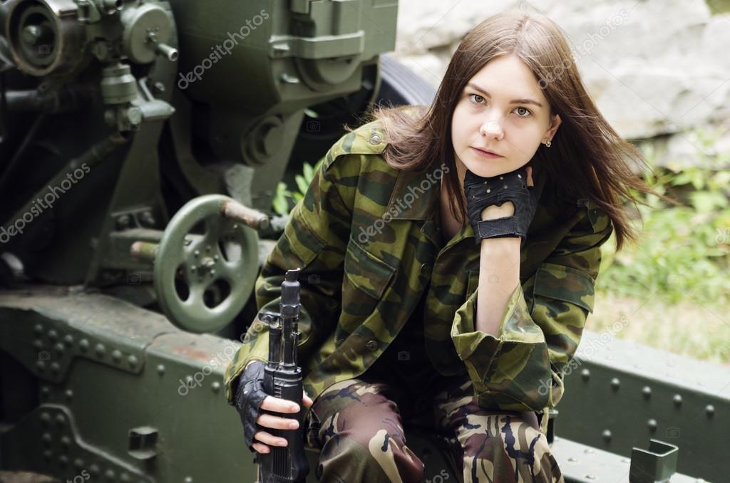 Ебля, брюнетки в военной форме фото