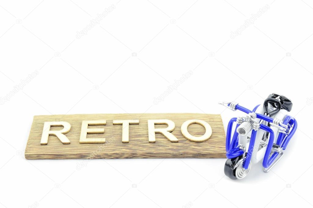 03dee589a3 Immagine isolata dell'artigianato creativo da bianco, nero e blu per creare  mini motorino con parola retrò fatta da legno isolato su fondo bianco–  immagine ...