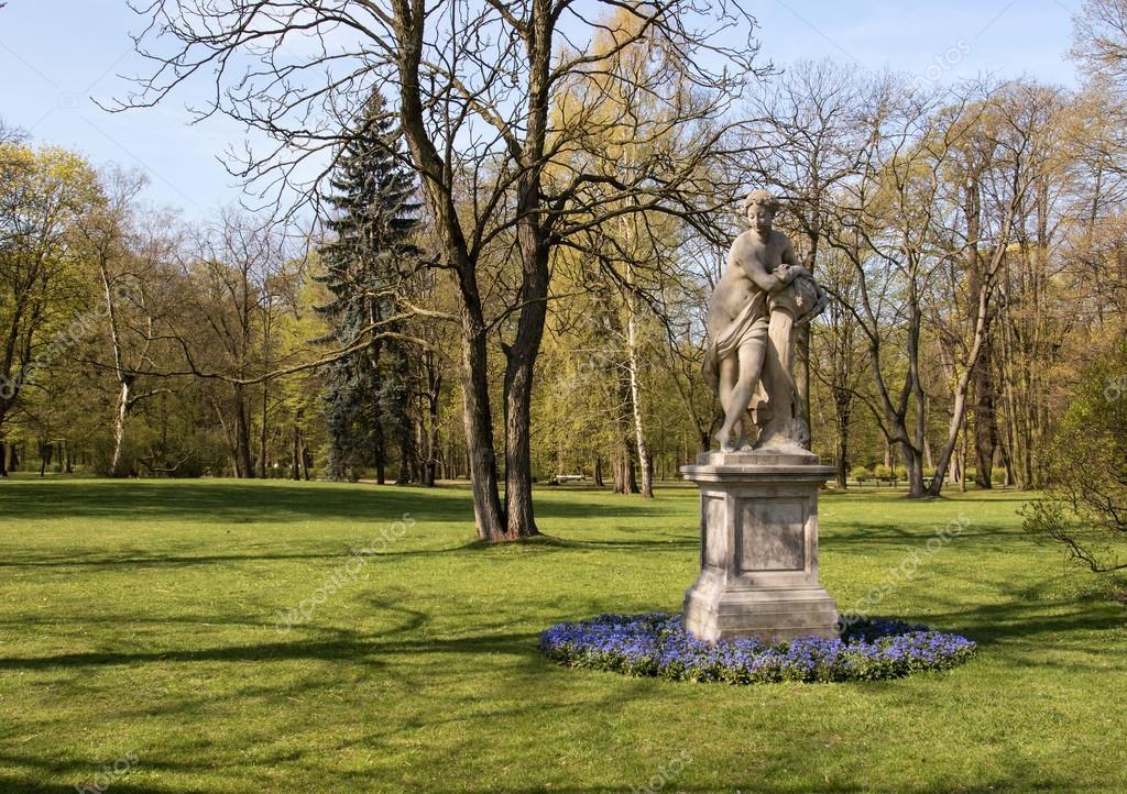 Warsawlazienkibathroyal Parksculpture Dawn Stock Photo