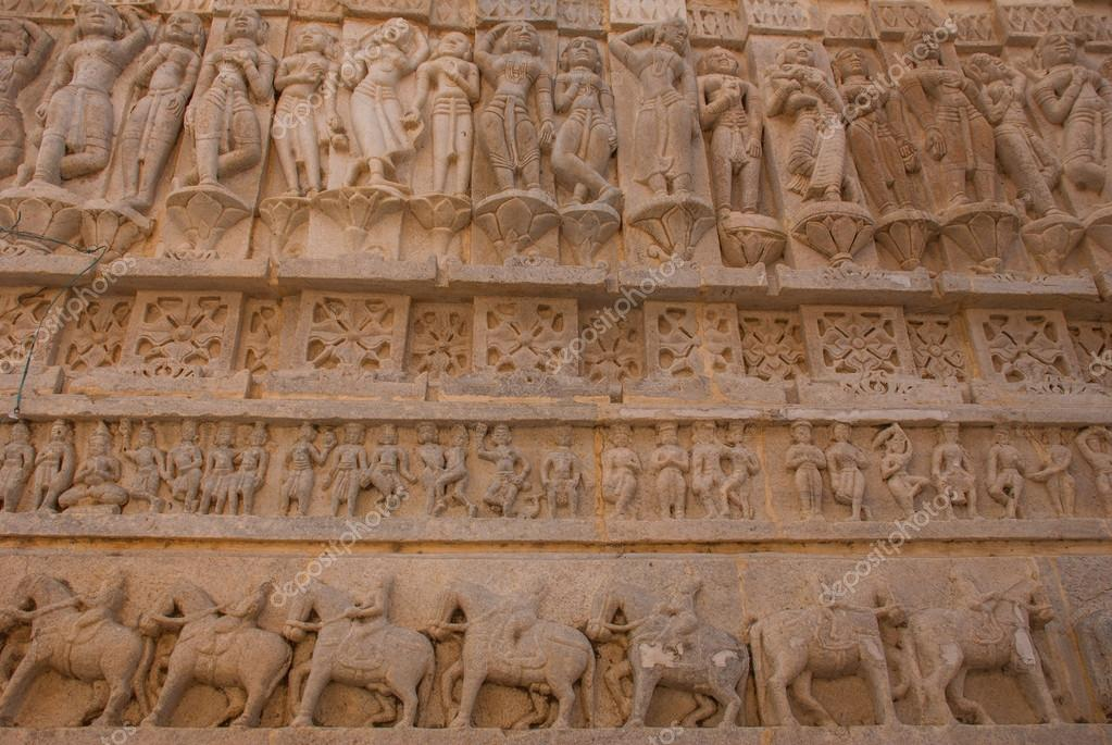 Risultati immagini per tempio induista Jagdish Mandir