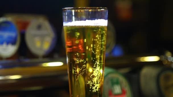 egy pohár sör