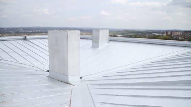 Výstavba. Střecha