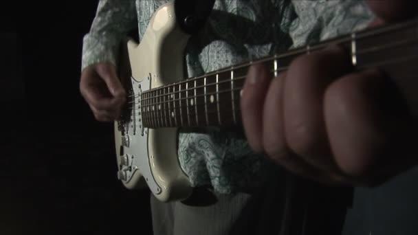 Kytara 3 mov
