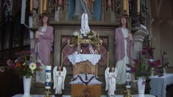 Church interior 4.mov