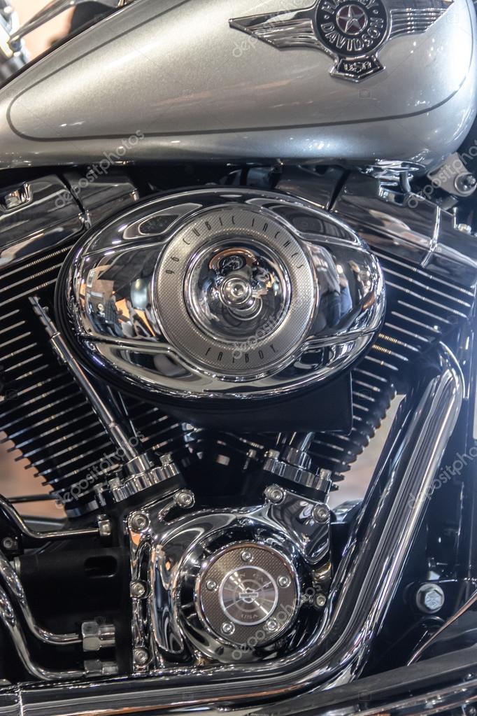 Motocycle engine