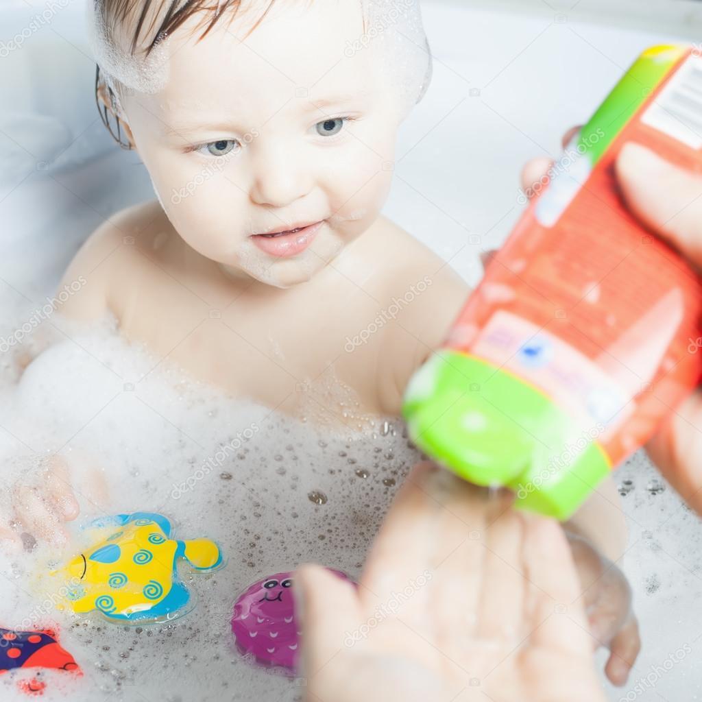 Ba o bebe tiempo cvillebgclub - Temperatura agua bano bebe ...