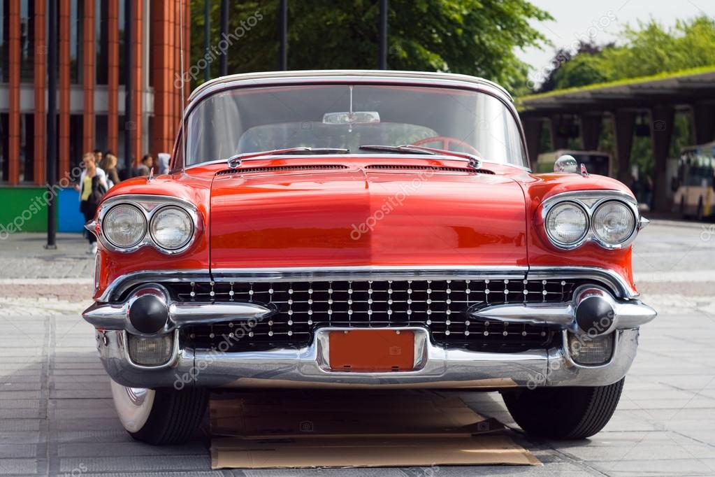 Old-fashioned car — Stock Photo © Petunyia #77211999