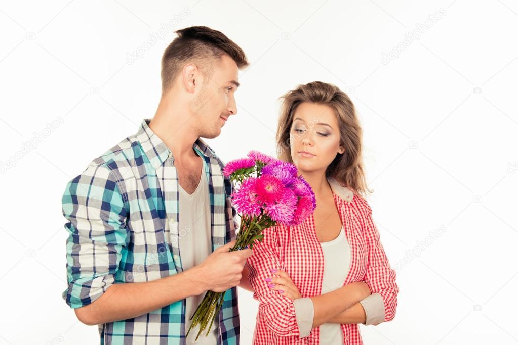 Wann wird die lässige Datierung in eine Beziehung