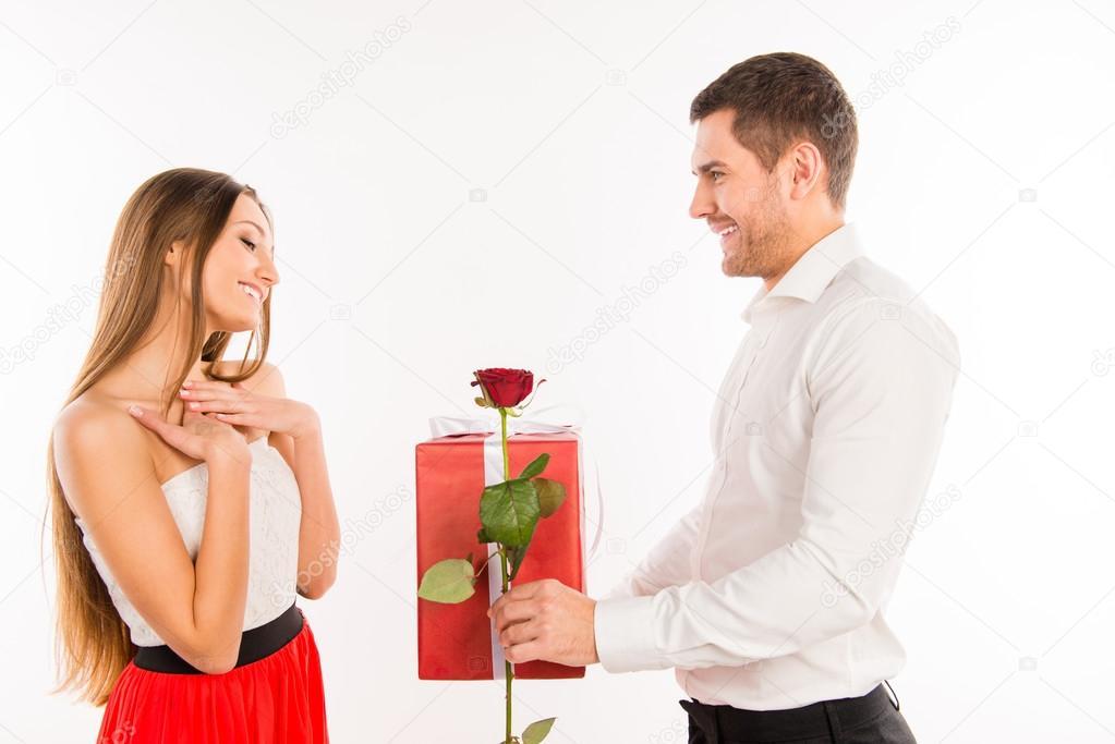 Κοκαλιάρικο κορίτσι dating