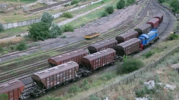 Zugfahrt auf Schienen